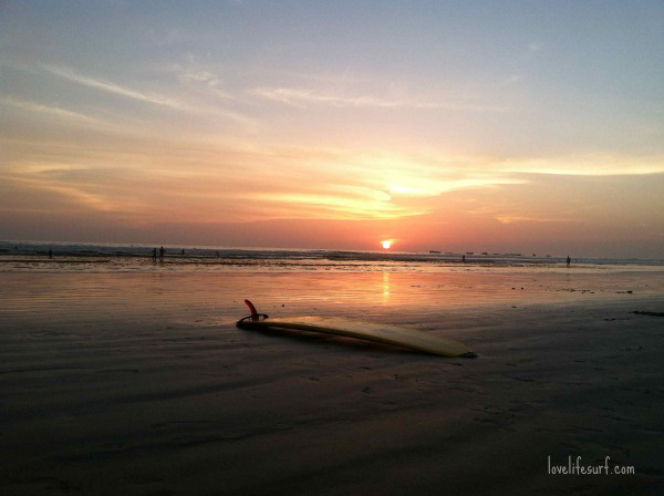 surfboard-sunset